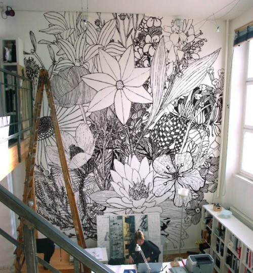 Line Art Mural : Dream work spaces empower lounge